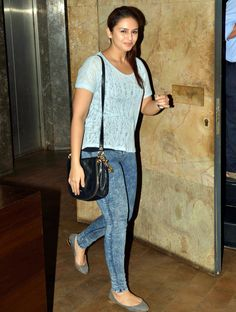 Huma Qureshi looks casual chic at the screening of Shaadi Vaadi. #Bollywood #Fashion #Style #Beauty