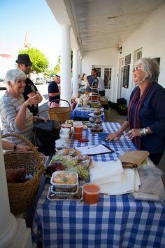 Local Food Heroes, Calli & John Williams trading at the Saturday Morning Market Saturday Morning, Artisan, Table Decorations, Marketing, Food, Home Decor, Decoration Home, Room Decor, Eten
