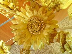 Palha - artigos de palha Straw Weaving, Weaving Art, Weaving Designs, Flowers, Natural Materials, Articles, Palmas, Royal Icing Flowers, Flower
