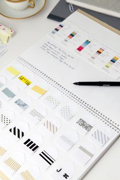 Libreta para organizar washi tape y recordar combinaciones. Fan del washi tape nivel pro.