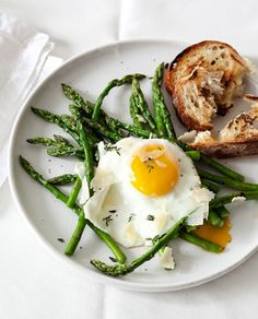 perfect breakfast: egg, asparagus, and a side of toast