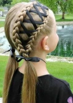Cool braid for special occasions for a little girl - Berühmte Frisuren - Perfect Hair Ideas Braided Ponytail, Braided Hairstyles, Hairstyle Short, Wedding Hairstyles, Hairstyles 2018, Updo Hairstyle, School Hairstyles, Latest Hairstyles, Communion Hairstyles