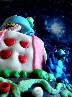 alice in wonderland cake  http://lovelycake-gatta.blogspot.it/2010/05/i-miei-23-anni-e-la-wonderland-cake.html