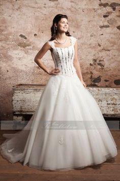 Modisches Prinzessin Brautkleid mit Kapelle-Schleppe und Square-Ausschnitt aus Tüll