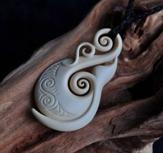 Hand carved bone Whale Tail Fish hook~  Traditional New Zealand carving