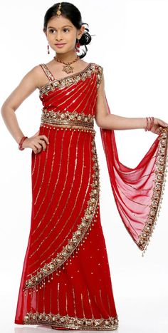 indian dresses for kids sari Kids Saree, Kids Lehenga, Baby Girl Party Dresses, Little Girl Dresses, Girls Dresses, Indian Dresses For Kids, Indian Outfits, Indian Clothes, Indian Girls