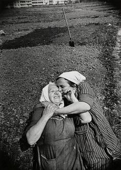 Labourers, Russia, Soviet Union, 1983, photograph by Gennady Bodrov.