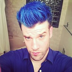 Blue hair blue shirt but feeling AMAZING!! I love you!! #teamheartbreak