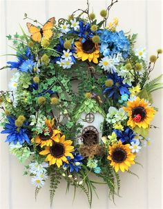This beautiful Summer Solstice wreath is elegant in its design, and representative of the summer season upon us! Wreath Crafts, Diy Wreath, Fabric Wreath, Tulle Wreath, Burlap Wreaths, Wreath Ideas, Diy Crafts, Summer Door Wreaths, Holiday Wreaths