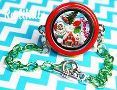 Cute, customizable Christmas locket bracelet - Christmas Floating Charm Red & Green Charm Bracelet Waterproof Stainless Steel by RepliKitty www.replikitty.etsy.com #christmasgiftideas #christmaslocket #locketideas #lockets #floatingcharms