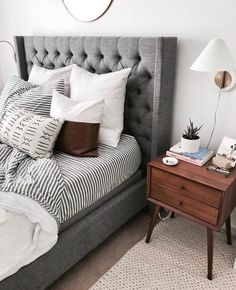 8 Calm ideas: Minimalist Home Style Grey minimalist decor plan. 8 Calm ideas: Minimalist Home Style Grey minimalist decor plants woods. Glam Bedroom, Cozy Bedroom, Bedroom Apartment, Modern Bedroom, Apartment Therapy, White Bedroom, Bedroom Simple, West Elm Bedroom, Dark Wood Bedroom