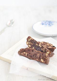 Receta de biscotti de chocolate po4 ¡Que cosa tan dulce! http://charhadas.com/ideas/31853-receta-de-biscotti-de-chocolate?category_id=171-recetas