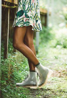vem se inspirar nos cactos e suculentas, no verde pesto (cor super presente nas peças) – e naquela brisa fresca que sopra quando a gente corre ao ar livre!