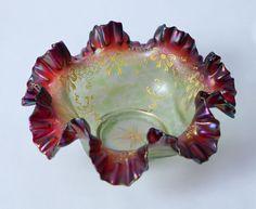 Beautiful Loetz Iridescent Glass Bowl with Ruffled Top
