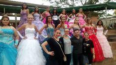 Maquiagem para festa de 15 anos para meninas da comunidade de Nova Santa Rita - trabalho voluntario