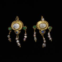 Pair of earrings - gold, with pearls, emeralds and sapphires. European - 1st century-4th century.