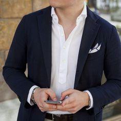 detalles-calidad-sutiles-atuendo-homber-elegancia-caballero-04