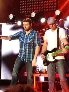 LOVE that face :) Chris Young performing at the Corn Palace in SD August 2014 Chris Young Country Singers, Country Music, Country Artists, Chris Young Music, Alan Young, Easton Corbin, Dustin Lynch, Justin Moore, Jake Owen