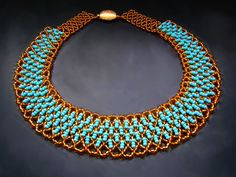 Free pattern for beaded necklace Paula     U need: seed beads 11/0      Click to get book about Beading