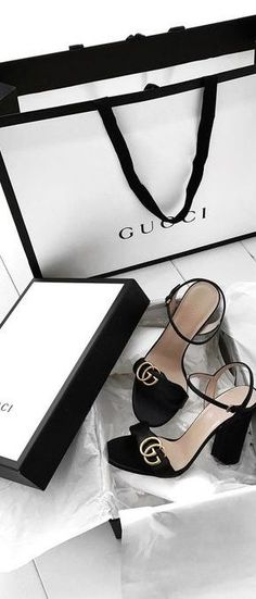 Michael Susanno (Emma's) Check a real Gucci. Controllato Cards Controllato & information cards Many online sources point to the controllato card, white in older ones and off white in newer ones, as proof that a Gucci bag. Cute Shoes, Me Too Shoes, Stilettos, High Heels, Fashion Shoes, Fashion Accessories, Fashion Belts, Shoe Boots, Shoes Heels