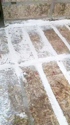 How to German Schmear Brick (Mortar Wash Fireplace Makeover) Learn how to german schmear brick, in no time! Makeover a brick fireplace with mortar wash, a beginner-friendly DIY project. Brick Fireplace Remodel, Painted Brick Fireplaces, Brick Fireplace Makeover, Backyard Fireplace, Concrete Fireplace, Home Fireplace, Fireplace Design, Fireplace Mortar, Fireplace Ideas