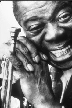 Louis Armstrong spent his career - in New Orleans as a musician and singer. Armstrong was a foundational influence in Jazz and culture. Louis Armstrong, Jazz Artists, Jazz Musicians, Music Artists, Marlon Brando, Catherine Deneuve, Music Is Life, My Music, Barbara Streisand