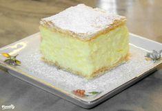 Villám krémes Vicikótól | Nosalty Hungarian Desserts, Hungarian Cake, Hungarian Cuisine, Hungarian Recipes, Hungarian Food, Kremes Recipe, Tapas, Napoleon Cake, Cake Recipes