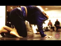 Go to http://bjjlibrary.com for full access to the netflix of BJJ. Get full access to daily lessons from Saulo and��_
