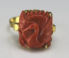 Antique 14k žluté zlato handcarved Coral Ring - Crane