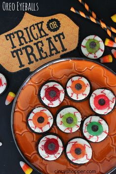 Oreo Eyeballs Halloween Treats. A simple and spooky but not overly spooky Halloween Treat.