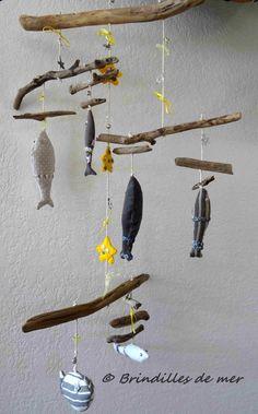 1000 id es sur le th me mobiles en bois flott sur pinterest carillon japonais verre poli par. Black Bedroom Furniture Sets. Home Design Ideas