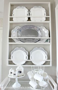 Hymns and Verses: Build Your Own DIY Plate Rack - Easy Plans