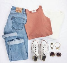 outfit goals Mom Jeans und Converse All Star White. Mom Jeans und Converse All Star WhiteMom Jeans und Converse All Star WhiteMom Jeans und Converse [. Teenage Outfits, Teen Fashion Outfits, Outfits For Teens, Girl Outfits, Womens Fashion, Emo Outfits, Rue 21 Outfits, Casual Teen Fashion, Teenager Fashion
