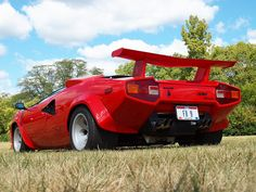 Lamborghini Countach     . Wow !!!