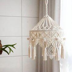 Hanging Lamp Shade, Macrame Wall Hanging Patterns, Macrame Patterns, Diy Hanging, Hanging Lights, Hanging Lamp Design, Hanging Beds, Wall Hanging Crafts, Hanging Chairs