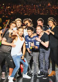 One Direction and the band Midnight Memories, One Direction Pictures, I Love One Direction, Zayn, Mtv, Superman, Louis Y Harry, Harry Harry, Where We Are Tour