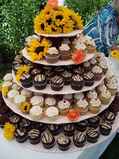 Sell iPhone, iPad, iMac, MacBook, and Apple devices. Free local pickup or shipping! Cupcake Tier, Cupcake Frosting, Cupcake Cakes, Bella Wedding, Dream Wedding, Sunflower Cupcakes, Sag Ja, One Sweet Day, Kansas City Wedding