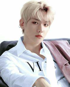 exo byun baekhyun Oh.