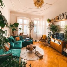 [Werbung/ad] the most important question today: Chips or chocolate? [advertisement cause of mentioning/tagging… Home Living Room, Interior Design Living Room, Living Room Decor, Living Spaces, Hippie Living Room, Modern Interior, Bedroom Decor, Apartment Decoration, Piece A Vivre