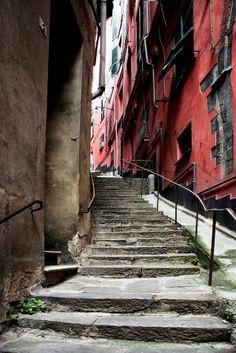 Genoa caruggi, Italy
