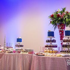 Our @linenhero Glamour overlay in Red looks delectable at this event for #universityofdetroitmercy #presidentsball by @topthatevent with these treats by #cakesbystephanie