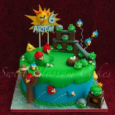 25 Birds For 25 Kids This cake I made as a gift for my friend`s son. MM fondant, for red I used Fondarific fondant.