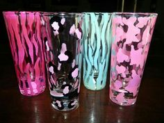 Animal print glasses ♥ wouldn't mind drinking out of these beauties. .