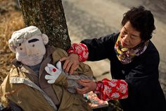"""""""Village of the Scarecrows: Residents of Nagoro in Japan Are Being Replaced by Life-Size Straw Dolls,"""" by David Sim for IBT, 2015.3.16 