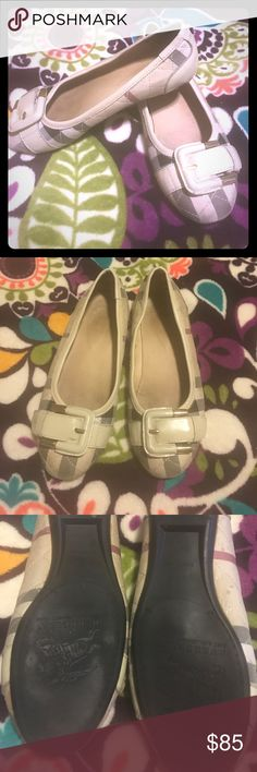 Burberry Flats 💯 Cloth Burberry flats Burberry Shoes Flats & Loafers