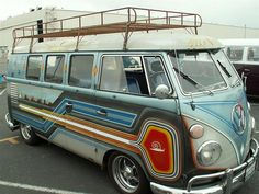 VW Bus Treffen - Long Beach by legmichtiefer, via Volkswagen Bus, Vw T1, Volkswagen Beetles, Long Beach, Motorhome, Moto Vespa, Van Vw, Camper Van, Vw Caravan