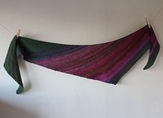 Boom! is a very simple asymmetric boomerang shawl, knit in garter stitch with increases and decreases. The shawl was designed with the intention of displaying a colour gradient in handspun yarns, but could be used with any commercial yarn. It would be ideal for variegated or gradient yarns.