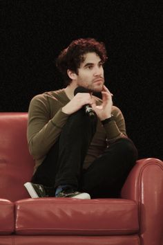 I just want to put him in my pocket and take him home with me. Glee Cast, It Cast, Guy Liner, Blaine And Kurt, Darren Criss Glee, Getting To Know You, Celebrity Crush, Actors & Actresses, Famous People