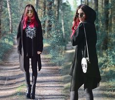 Get this look: http://lb.nu/look/8206389  More looks by Ola Brzeska: http://lb.nu/olabrzeska  Items in this look:  H&M Cardigan, Tally Weijl Cold Shoulder Blouse, Bershka Jeggings, Born2be Boots, Cn Direct Skull Bag   #gothic #grunge #punk #behemoth #boots #rock #scary #dark #vampire