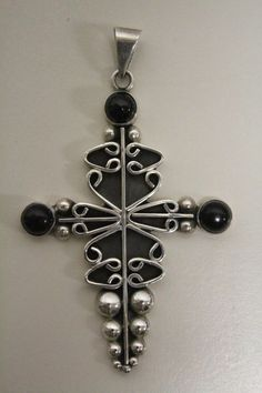 Vintage Taxco Mexico Sterling Silver with balck Onyx Cross Pendant #Taxco
